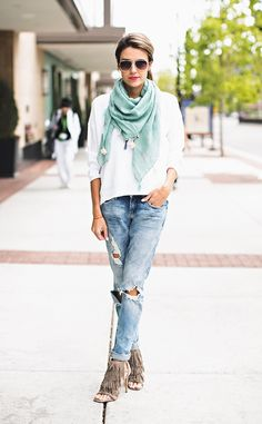 good proportions for boyfriend jeans and boxy top