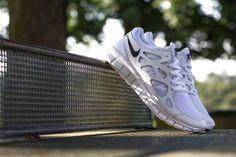 Nike Free Run 2   White / White