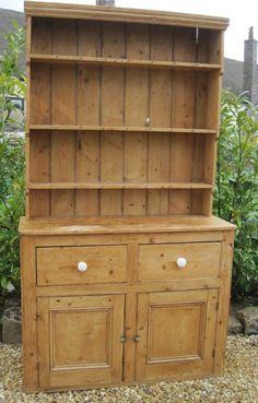 SalvoWEB : Antique Victorian Pine Dresser with Book shelves