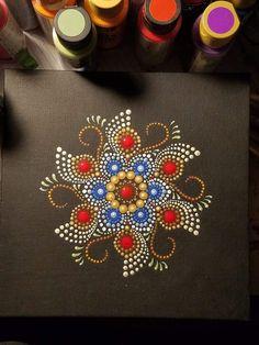 Dot Art Painting, Mandala Painting, Pebble Painting, Stone Painting, Mandala Painted Rocks, Painted Rocks Craft, Mandala Rocks, Mandala Canvas, Button Art