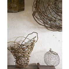 Beautiful Home Decor Accessories Home Decor Baskets, Basket Decoration, Willow Weaving, Basket Weaving, Woven Baskets, Weaving Projects, Weaving Art, Diy And Crafts, Arts And Crafts