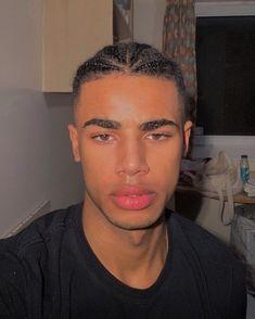 Cute Lightskinned Boys, Cute Black Guys, Cute Teenage Boys, Black Boys, Cute Guys, Pretty Boys, Long Curly Hair Men, Curly Hair Styles, Boys With Curly Hair