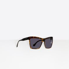 Rectangular Sunglasses Balenciaga Sunglasses, Sunglasses Women, Round  Sunglasses, Sunshine, Sunglasses, Wearing c969153f7d