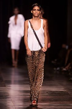 Saint Laurent | Spring 2002 Ready-to-Wear Collection | Style.com