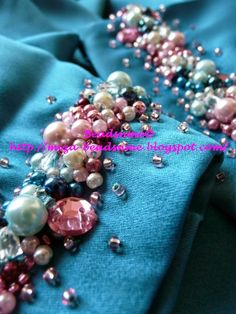 Beads n Me: Crumble , Blue & Pink 1