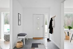 Hallway - Floor, Bench, Hooks