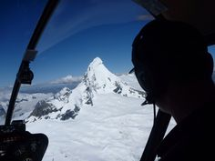 Alpine scenic flights through the majestic Southern Alps New Zealand. www.southernriversflyfishing.co.nz Alps, New Zealand, Mount Everest, Southern, Adventure, Mountains, Nature, Travel, Naturaleza