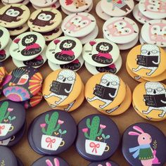 Fresh fresh fresh! New design for button badges and magnets on this coming weekend. Anyone? Visit our booth at @publicgarden Trade Show in Suntec Convention Hall 403, Sat 23 - Sun 24, 1-7pm.  #buttonbagde #buttonmagnet #badge #pin #magnet #illustration #drawing #cute #animal #owl #rabbit #cactus #lion #cat #bird #creative #tradeshow #publicgarden #minifanfan