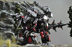 Awesome geno breaker custom, along with really good lil diorama too. Love seeing pics of zoids like this.