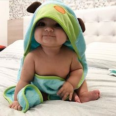 Aww so cute boy ? Tag your friends Tag your baby account Tag parents Aww so cute boy ? Tag your friends Tag your baby account Tag parents Cute Baby Boy, Baby Kind, Mom And Baby, Cute Kids, Cute Babies, Babies Stuff, Funny Babies, Baby Shop, Vsco
