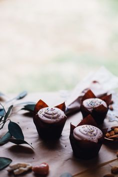 Kokoscreme Cupcakes, eine einfache, saubere-Essen, Getreide frei Rezept von für Nahrung herumtollen