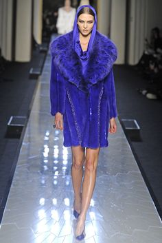 Atelier Versace Couture Spring 2014 - Slideshow - Runway, Fashion Week, Fashion Shows, Reviews and Fashion Images - WWD.com