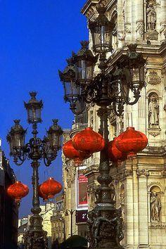 Chinese Lanterns in front of Hôtel de Ville, Paris