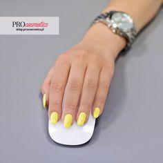 Lakier hybrydowy PROnail 552 - Słoneczny Promyczek, Pastelowy Żółty,   Inspiracja, Stylizacja, Hybryda, Hybrydka, Paznokcie Hybrydowe, Kolor, Lato, Wiosna, Kobieta, Uroda, Moda, Pastele, Pronail, Lakier hybrydowy, #paznokcie #pastelowe #pastele #hybrydowe #hybryda #hybrydka #hybrydy #stylizacja #żółty #żółte #kolor #kolorek #inspiracja #lato #wiosna #letnie #wiosenne #wiosenna #letnia