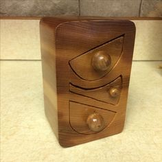 Wood Crafts, Wallet, Wood Turning, Woodworking Crafts, Purses, Diy Wallet, Purse, Woodwork