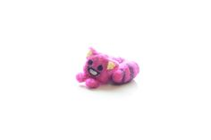 Cute Cheshire Cat needle felting tutorial by Kawaii Felting - from Alice in Winderland