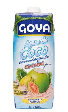 El Agua de Coco GOYA con Guayaba es baja en calorías y súper hidratante, una manera de obtener el potasio y otros nutrientes que necesitas para satisfacer tu sed y mantener feliz a tu cuerpo.