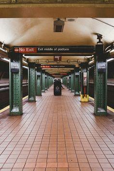 CLARK STREET SUBWAY STATION   BROOKLYN   NEW YORK   USA: *New York City Subway*