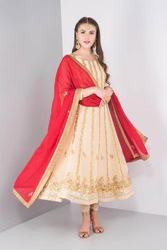 ZARI gotapatti work suit set #flyrobe #weddings #indianweddings #mehendioutfits #indianbride #designerwear #suit #anarkali