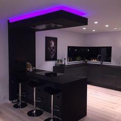 Luxury Kitchen Design, Kitchen Room Design, Home Room Design, Dream Home Design, Modern House Design, Interior Design Kitchen, Kitchen Decor, Kitchen Colors, Kitchen Unit