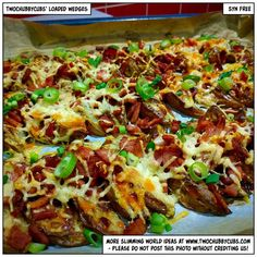 Goodness me. First a recipe for loaded bacon and cheese wedges AND a cheesesteak sliders recipe. Both syn free. Both Slimming World friendly. Cheesesteak Sliders Recipe, Philly Cheese Steak Sliders, Healthy Eating Recipes, Cooking Recipes, Healthy Food, Dinner Healthy, Healthy Meals, Bacon Dishes, Slimming World Recipes Syn Free