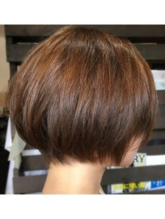 【NEST 札幌】軽いマッシュボブ Classy Hairstyles, Little Girl Hairstyles, Short Layered Haircuts, Short Hair Cuts, Japanese Short Hair, Medium Hair Styles, Short Hair Styles, Beckham Hair, Haircut And Color