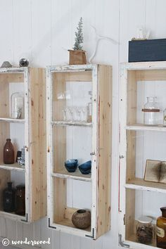 https://www.wonderwood.no/single-post/2017/01/08/diy-skap-av-gamle-vinduer-diy-old-window-cabinets