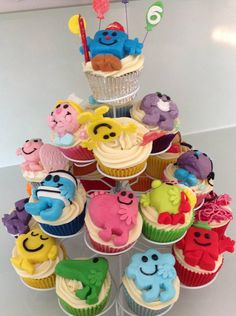 Men and Little Miss cakes. Twin Birthday Parties, Birthday Cakes For Men, Men Birthday, Cute Cookies, Cupcake Cookies, Celebration Cakes, Birthday Celebration, Miss Cake, Mr Men Little Miss