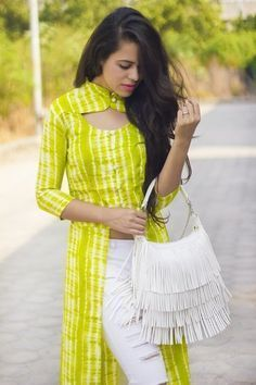 Aakriti Rana created a post - post. I got this neon long top from Missa More and completely fell in love with the refreshing color. Salwar Designs, Kurta Designs Women, Kurti Designs Party Wear, Neck Designs For Suits, Sleeves Designs For Dresses, Dress Neck Designs, Blouse Designs, Chudidhar Neck Designs, Kurta Neck Design