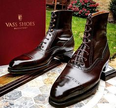 Vass  MODEL: Highlander LAST: K COLOUR: Dark Brown Grain & Calf