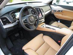 2017 Volvo XC90 Interior leather seats, lcd screen, steering wheel