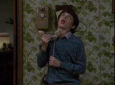 30 ways we are all Sam Weir from Freaks and Geeks - you hated picking up the phone