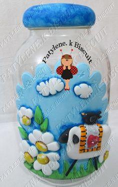 Pote Decorado OVELHA De Biscuit 1 Biscuit, Decorated Jars, Snow Globes, 1, Home Decor, Decorating Jars, Kitchen Jars, Kitchen Products, Bubbles