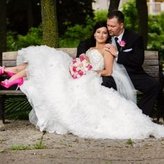 A pretty with pink spring wedding!