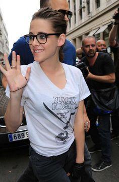 Kristen leaving the Meurice Hotel in Paris 7/2/2013