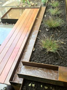 Water feature by pistils design