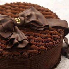 Beautiful Cake Designs, Beautiful Cakes, Bon Appetit, Cake Recipes, Chocolate, Desserts, Food, Fiestas, Tailgate Desserts