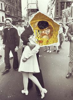 Such a beautiful collage , I found it online, I don't know who made it but such immense beauty, the kiss by Gustav Klimt and the most famous photograph V-J day in times Square.The Kiss. Inspiration Art, Art Inspo, Photomontage, Dadaism Art, Art Du Collage, Art Collages, Love Collage, Collage Photo, Painting Collage