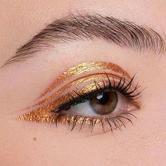 There's no gold eyeliner like KLIMT