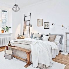 Scandi bedroom styling by @introinred  by immyandindi