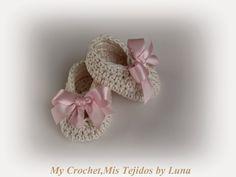 My Crochet , Mis Tejidos by Luna: New Born Baby Booties - Zapatitos para Recien Nacida