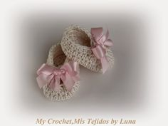 My Crochet , Mis Tejidos by Luna: New Born Baby Booties - Zapatitos para Recien Nacida