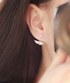 Leaf Ear Jackets | 24 Ear Jackets That Will Take Your Piercings To The Next Level