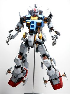 How to Improve a PG 1/60 RX-78-2 Gundam Ver.Full Hatch Open. Full photoreview No.42 Hi Res Images | GUNJAP
