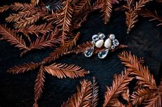 bride's earrings   urban shutter bug photography  urbanshutterbug.com #wedding #weddingdetails #weddingphotography #earrings