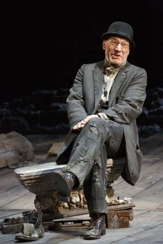 Partrick Stewart in Waiting for Godot Cort Theatre. Stephen Brimson Lewis (Set and Costume Design)