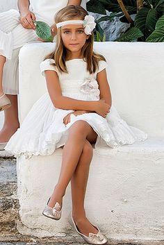 Vestido 22431, color 1202 Crudo rosa- Talla: 1, 2, 3, 4, 5, 6, 8, 10 Colección Amaya