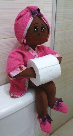 Bonecas organizadoras de lavabo morena Valor de cada uma R$85,00 ou R$200,00 o trio Boneca porta Papel higienico - Porta toalhas e Porta cotonetes Em algodão e atoalhado!
