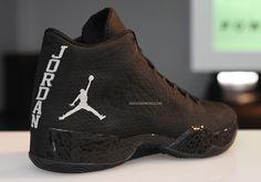 Jordan Shoes For Men, Air Jordan Shoes, Kicks Shoes, New Shoes, Best Sneakers, Sneakers Fashion, Stylish Boots For Men, Red Basketball Shoes, Jordan Sneakers