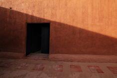 Annie Leibovitz - Pilgrimage Sherrie Levine, Georgia O'keeffe, Annie Leibovitz Photography, New York Buildings, Susan Sontag, Photographer Needed, O Keeffe, Patio Wall, Celebrity Photographers